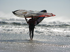 milnerton. cape town. south africa. (Jose Romeu) Tags: sunsetbeach windsurfer woodbridgeisland dolphinbeach milnertonbeach capturesummer2010 windsurferreadytogo