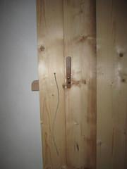 Oud gemaakt hang en sluitwerk