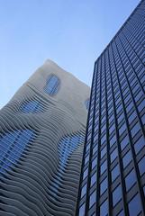 DSC00212 (hellothomas) Tags: chicago architecture skyscraper illinois studiogang aquatower fujikawajohnson threeillinoiscenter