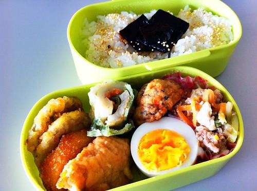 今日のお弁当 No.99 – 松茸の佃煮+五穀米のふりかけ