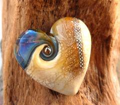 Wooden heart (LushLampwork) Tags: uk glass beads handmade malvern lush lampwork juliefountain lushlampwork fhfteam