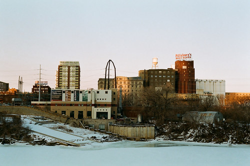 a portion of the Minneapolis riverfront (by: tsuacctnt/Chris, creative commons license)