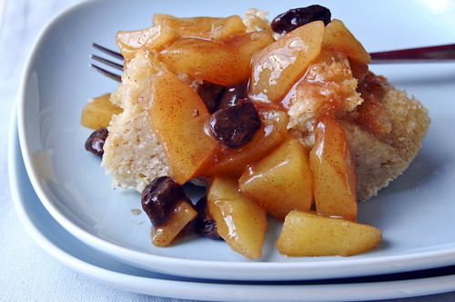 bread pudding with apples in a bag