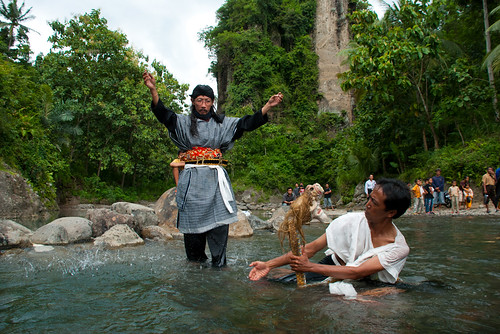 tradisi mistis warga bendung kayangan memandikan kuda jathilan peninggalan mbah bei kayangan yang usianya sudah ratusan tahun