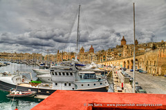 IMG_7869_tonemapped-2 (jossarisfoto) Tags: harbour grand malta hdr vittorioso