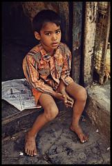 IMG_1414-copy (maryooshek) Tags: poverty travel people india kids poor indie mumbai adults slum slums dzieci ludzie bombai dharavi bieda bombaj