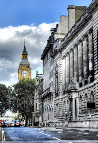 Street and Big Ben. London. Calle y Big Ben