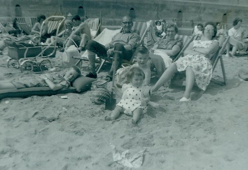 McCreath family and friends outing 1962