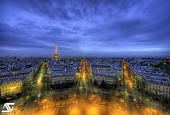 W (A.G. Photographe) Tags: blue sunset france tower de nikon tour eiffeltower arc triomphe sigma eiffel bleu toureiffel ag triumphalarch bluehour nikkor arcdetriomphe 1224mm franais hdr 1224 anto couchdesoleil photographe xiii heurebleue d700 1224mmsigma antoxiii hdr5raw agphotographe