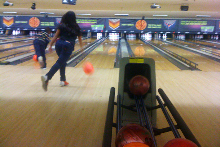 021911_bowling03