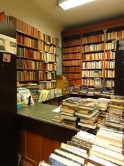 Matteus barnböcker och lånedisk by Regionbibliotek Stockholm, on Flickr