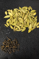 Cardamon & Clove - spices for the Kandake