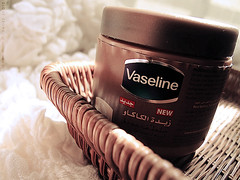 Vaseline (DLo3t 2boha) Tags: new canon vaseline  cocoabutter      canong11