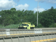 new MassDOT dump truck (MassHighway Man) Tags: highway massachusetts dumptruck roadwork highwaydepartment statehighway hovlane highwaymedian masshighway massdot