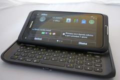 Nokia E7 preview - 01