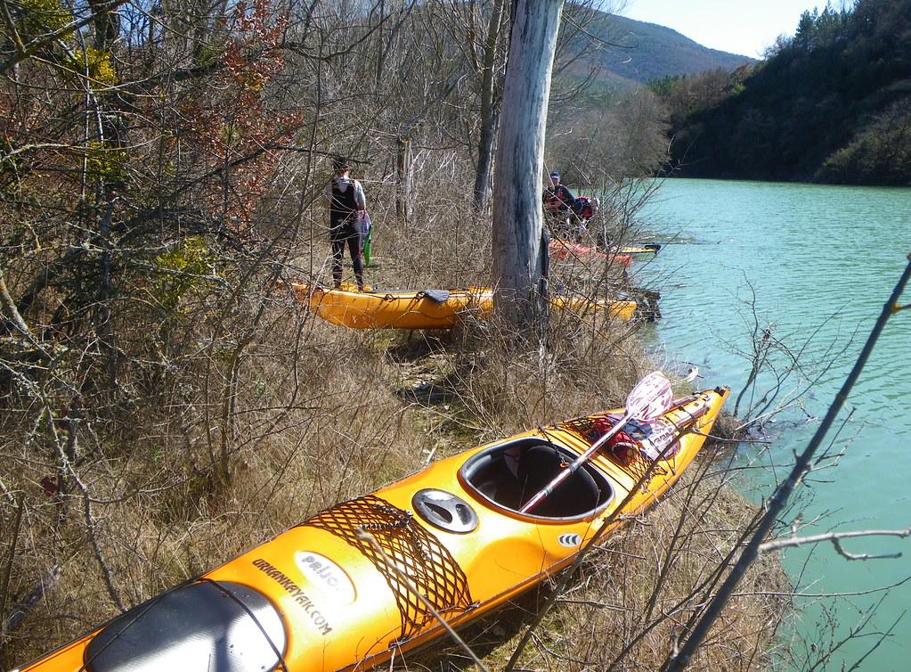 Pantano de Yesa en kayak 022