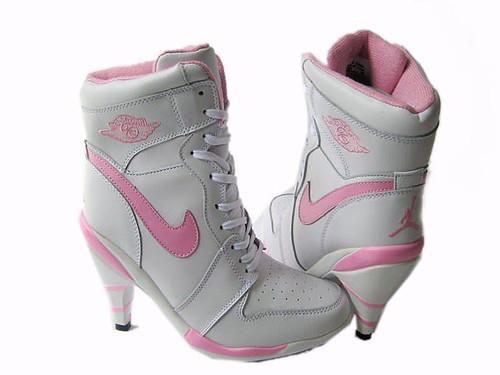Air-Jordan-1-High-Heels-Beige-Pink