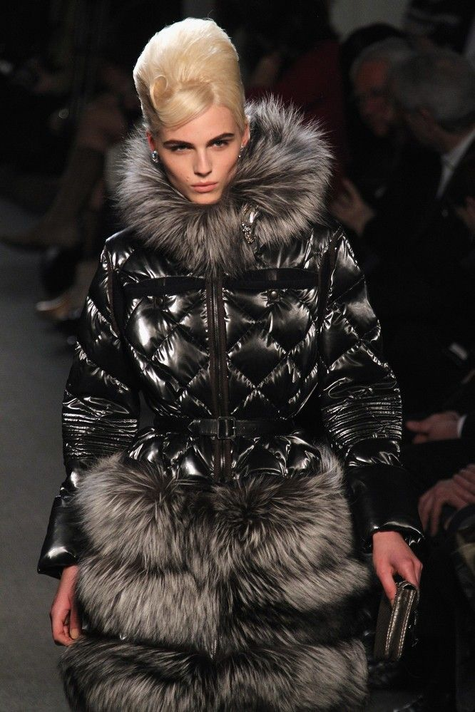 Andrej Pejic3202_FW11_Parris_Jean Paul Gaultier Ready-To-Wear(Flashbang@TFS)
