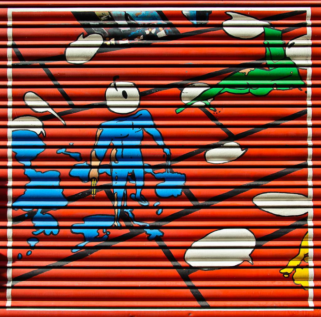 IMAGE: http://farm6.static.flickr.com/5051/5508128441_e185e0a265_b.jpg