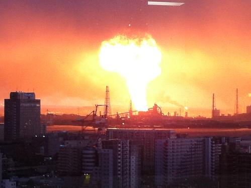 JFE スチール製鉄所が爆発