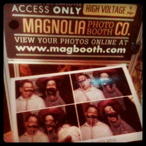 Just got shot in @the_magbooth @Etsy #SXW