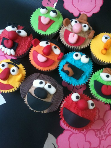 Sesame Street and Muppet's Cupcakes