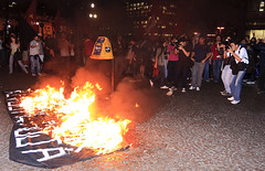 SO PAULO (Yahoo! Notcias) Tags: sopaulo sampa sp nibus teatromunicipal tarifa manifesto metr anhangaba manifestao protesto passelivre kassab prefeituradesopaulo terminalbandeira tarifadenibus