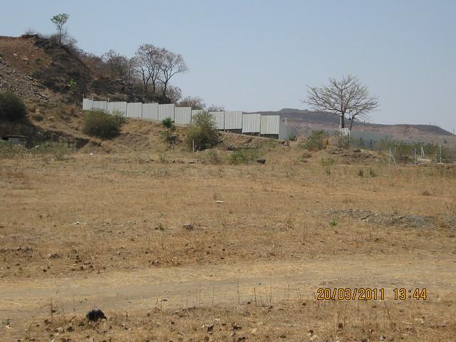 SKYi Iris and the plot of Suyog Group - on the hill of Bavdhan Budruk