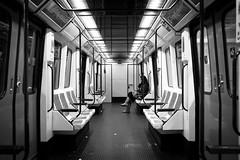 linea nueve (Fabio McCaree) Tags: madrid underground spain metro espana f2 nikkor 35 maku d700 drmaku