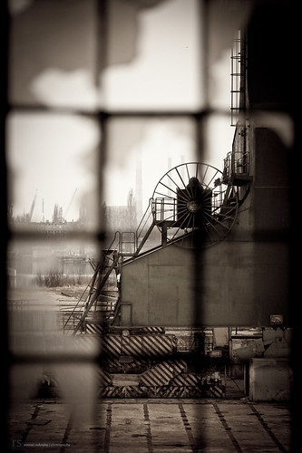[ industrial decay ]