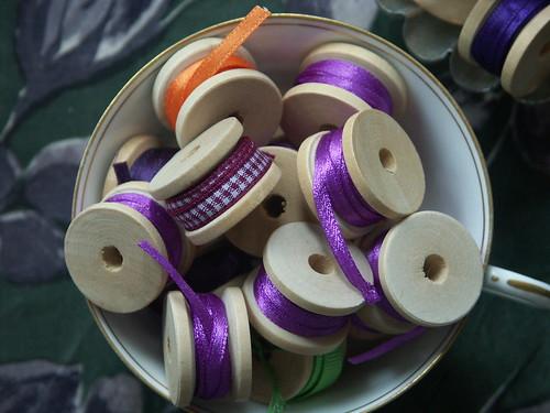Ribbon reels