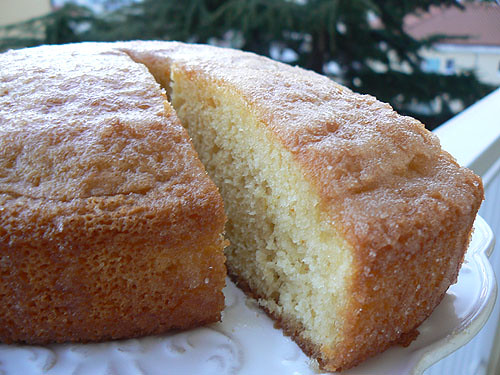 drizzle cake 1.jpg