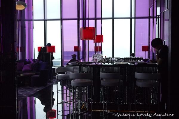 W Hotel 台北 W 飯店,31樓紫艷中餐廳四部曲,之四 (酒吧篇) – Valence。美好的意外