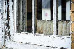 Stuff on Fort Hancock - VIII (RGL_Photography) Tags: windows abandoned newjersey highlands rust unitedstates rusty peelingpaint jerseyshore sandyhook abandonedbuilding rustyandcrusty keansburg forthancock gatewaynationalrecreationarea bldg70 castironradiator rustporn windowporn abandonednewjersey nikon18105mmf3556vr nikond7000 sandyhookprovinggrounds