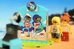Extra beach fun! (Lesgo LEGO Foto!) Tags: lego minifig minifigs minifigure minifigures collectible collectable legophotography omg toy toys legography fun love cute coolminifig collectibleminifigures collectableminifigure beachfun beach cutoutboards cutout boards