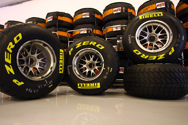 Pirelli_F1_Night_Abu_Dhabi_2011_007