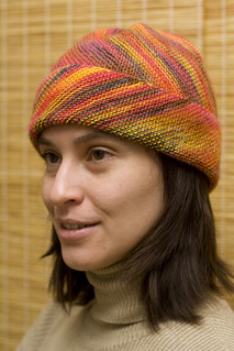 Multycolor Horizon Hat pattern by Maria Petikhina