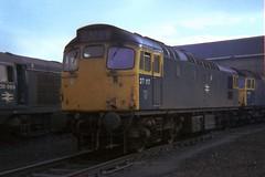 gb_751020_27117ED copy (MUTTLEY'S PIX) Tags: train ed br rail loco britishrail sulzer 5411 class27 27065 27117 27211 65a originalscan mcrat d5411 eastfielddepot