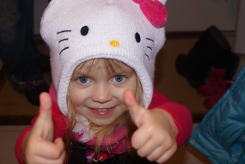 2 thumbs up for snow!