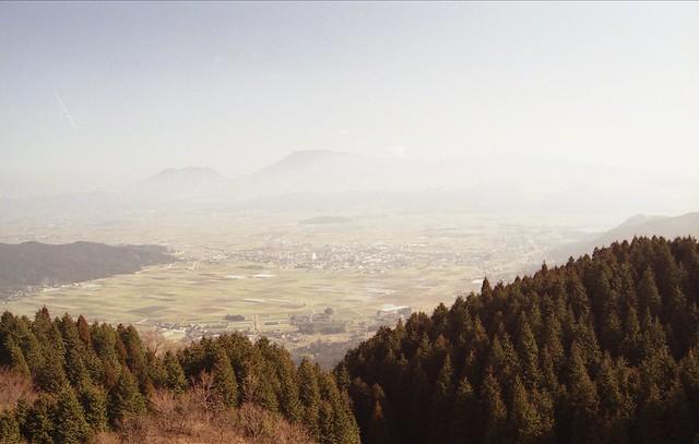 山から見下ろす田園のフリー写真素材
