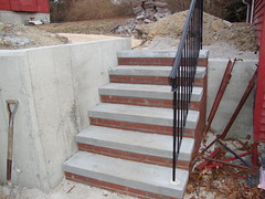 "6 Riser 14"" platform with brick and rail"