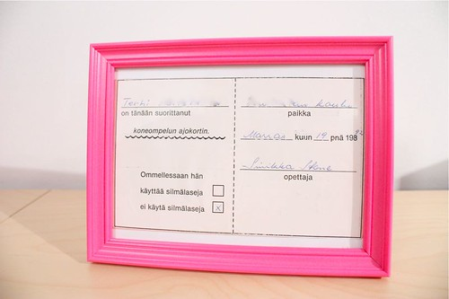 "Framed sewing machine ""driving license"""