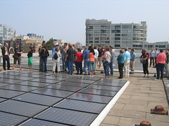 rooftop solar panels (by: Robin Murphy, World Resources Institute, creative commons license)