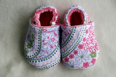 *6-12 Months* Pink Paisley Soft Sole Shoes lined with OBV :: Charity Auction ::