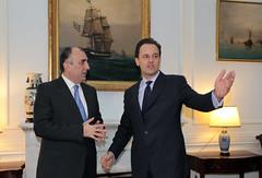Συνάντηση ΥΠΕΞ Δ. Δρούτσα με ΥΠΕΞ Αζερμπαϊτζάν E. Mammadyarov - Meeting of FM D. Droutsas and Azeri FM E. Mammadyarov (Υπουργείο Εξωτερικών) Tags: greek ministry politics azerbaijan greece foreignaffairs ελλαδα ελληνικό πολιτική αζερμπαϊτζάν υπουργείοεξωτερικών υπεξ dimitrisdroutsas δημήτρησδρούτσασ