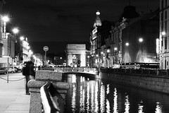 Saint Petersburg at night, Russia (k.dmitrijewa) Tags: street bw reflection night digital canon stpetersburg lights russia saintpetersburg russie rusia spb sanpietroburgo russland sanktpetersburg   sanpetersburgo  szentptervr 40d sopetersburgo canon40d pennyjey