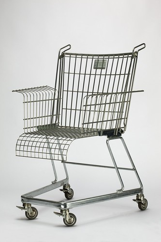 Frank Schreiner (for Stiletto Studios), 'Consumer's Rest' chair, 1990 © V&A Images