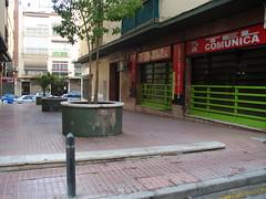 Local comercial en 2ª línea de playa. Solicite más información a su inmobiliaria de confianza en Benidorm  www.inmobiliariabenidorm.com