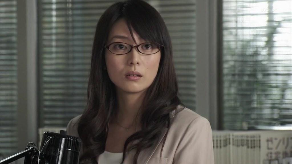 Gaikoukan-Kuroda-Kousaku-Ep01--1280x720-mp4_20110116_133159.jpg