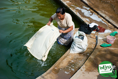foto mencuci baju ngumbahi sendang klangkapan godean sayegan kebagusan sleman galeri